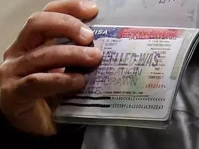 """美国留学签证新规来袭,需要提交五年社交平台信息!大批留学生或将因""""敏感词""""遣返?"""