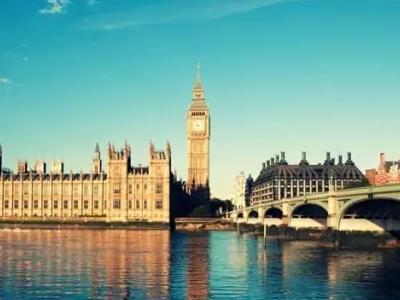 【留学攻略小站】去英国留学,到底该选择热门专业还是冷门专业?