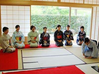 想一次通过日本留学生考试,这几本内部参考书你一定要看!