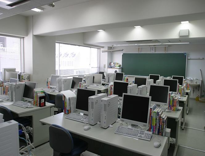 横滨设计学院(日本语学科)