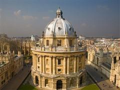 英国大学排名TOP10强势专业大盘点!