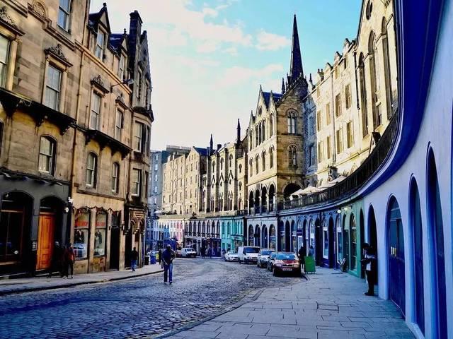 英国爱丁堡大学