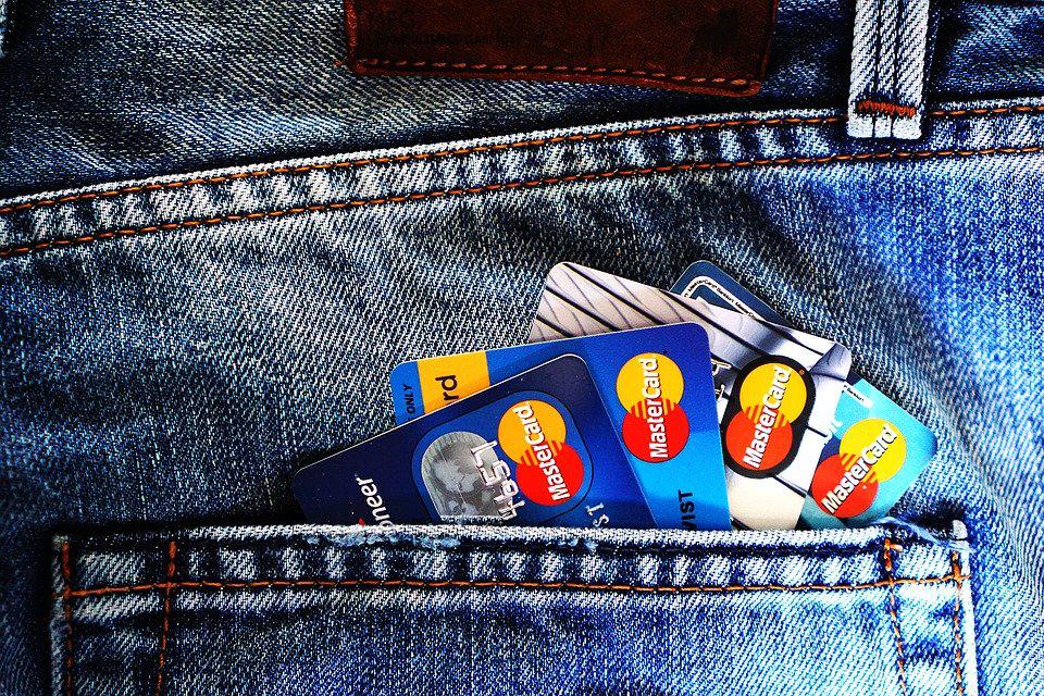 在韩国留学生活必须要用的那些卡!