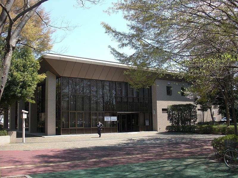 日本电气通信大学跟中国的一样吗?