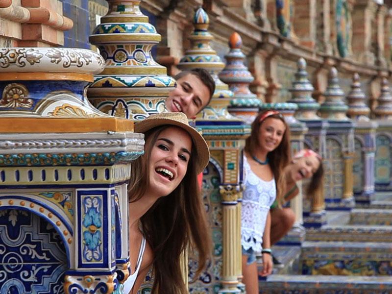 西班牙留学费用
