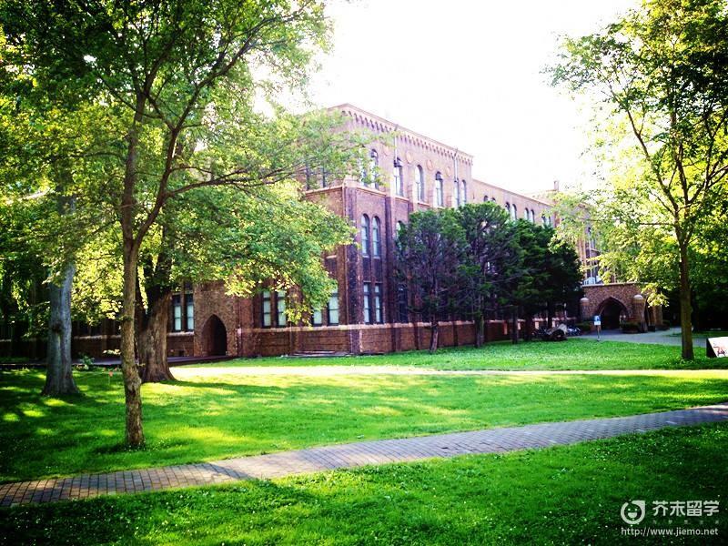 日本帝京大学