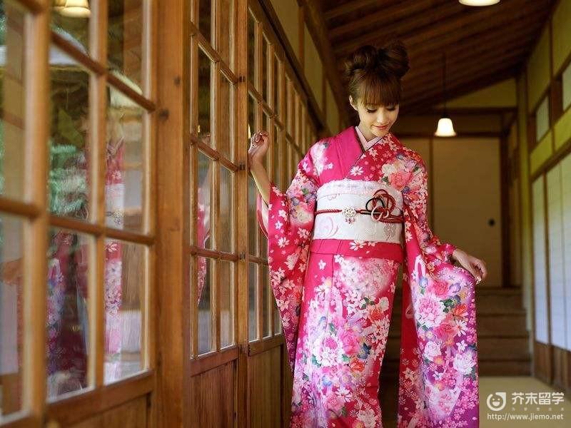 日本的和服