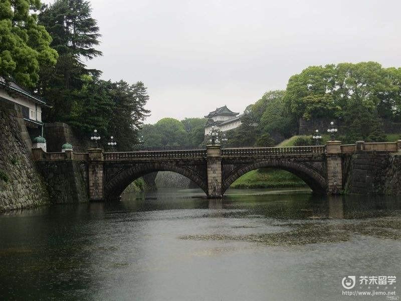 日本面積最大的島嶼